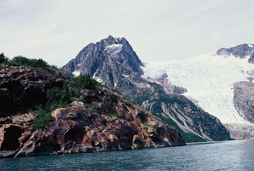 GlacierRockIsland